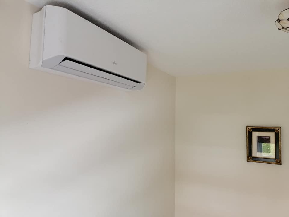 Air Conditioning Installation In Chiswick Air Conditioning Unit Installation In A Home In Chiswick