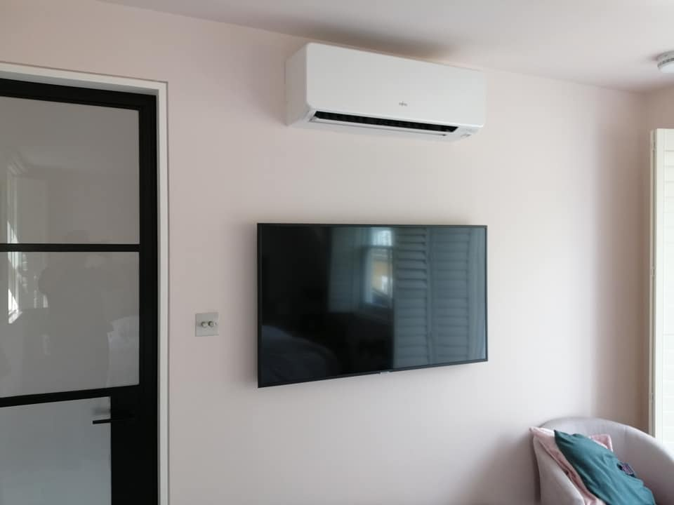AC Unit Installation - Nottinghill Fujitsu Wall Mounted Unit Installation - Nottinghill